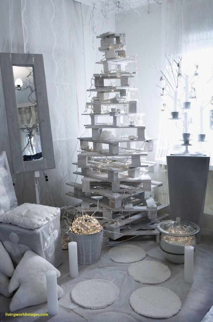Décorations de sapins de Noël créatif