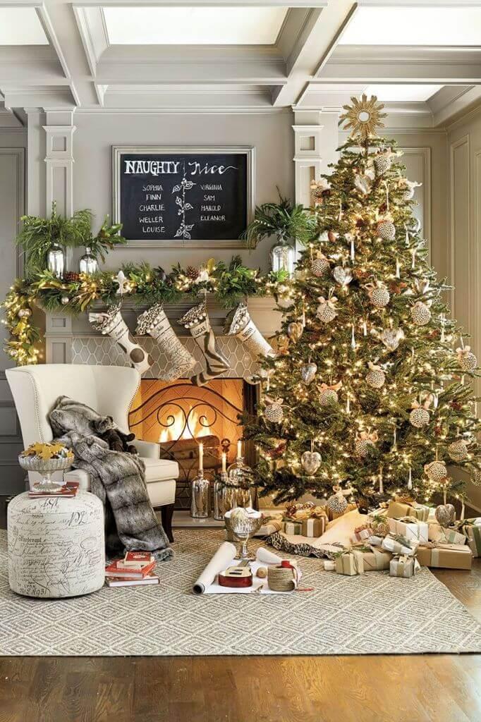 Décorations de sapins de Noëldoré