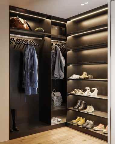Visite d'un appartement au style glamour moderne sophistiqué 31