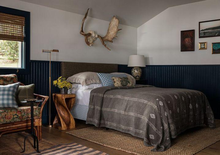 Des chambres rustiques avec une touche de couleur et des motifs 1