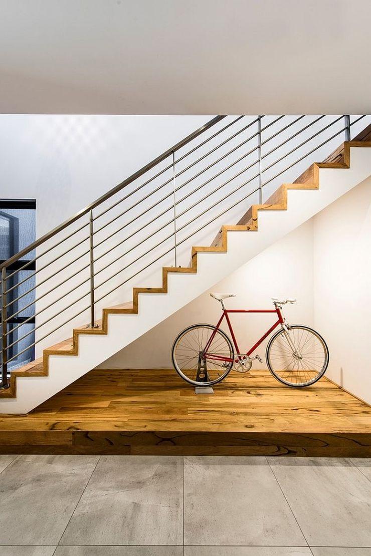 Comment utiliser l'espace sous l'escalier de votre maison 5