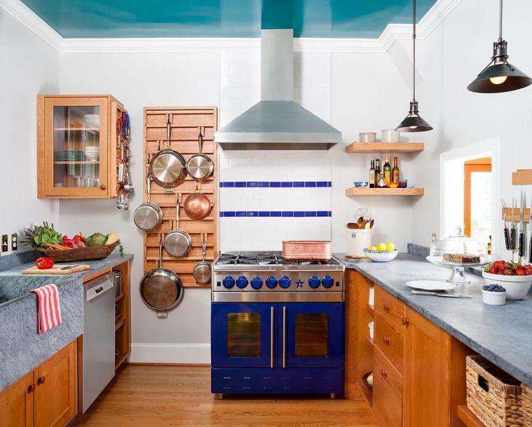 Dernières tendances de cuisine le plafond