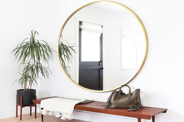 Surfaces métalliques et miroirs