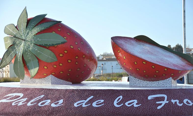 Rotonda Fresas en Palos de la Frontera