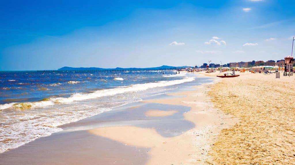 """Résultat de recherche d'images pour """"plage rimini"""""""