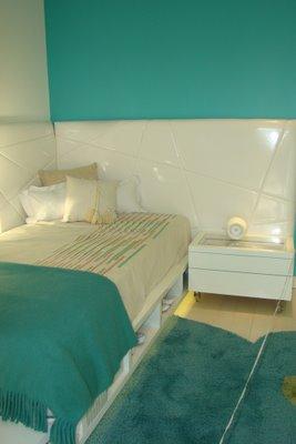 Turquesa y blanco en el dormitorio adolescente  Deco