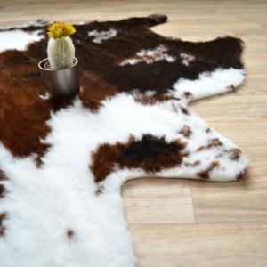 tapis peau de bete imitation vache