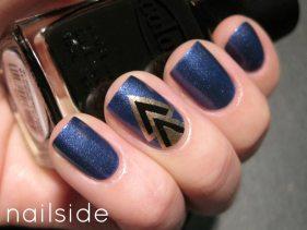 Blue Art Deco Nails