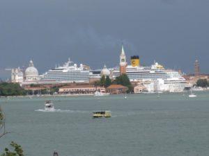 grandi navi in laguna