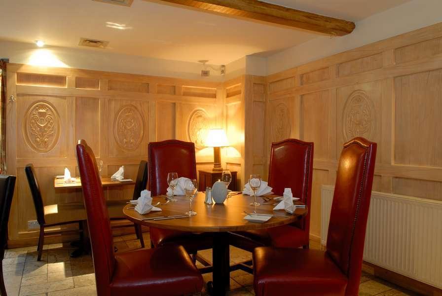Deddington Arms Hotel Restaurant