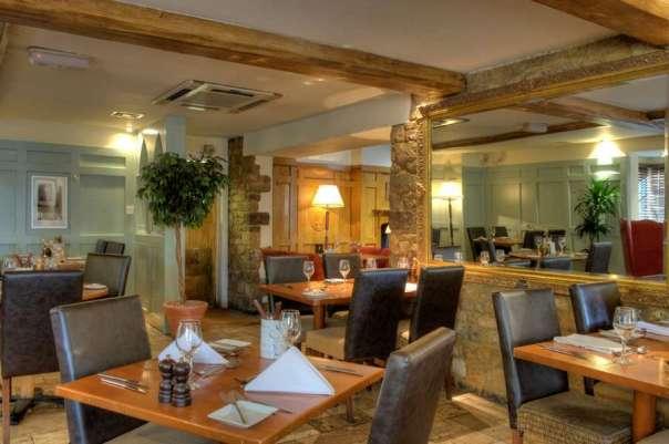 Deddington Amrs Hotel Dining