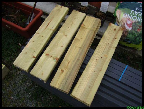 Plankjes op maat gezaagd