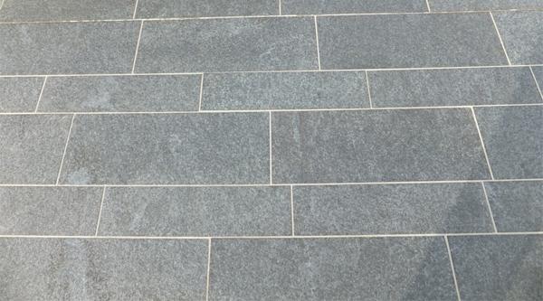 Terrastegels in graniet niets dan voordelen  Dedoruin