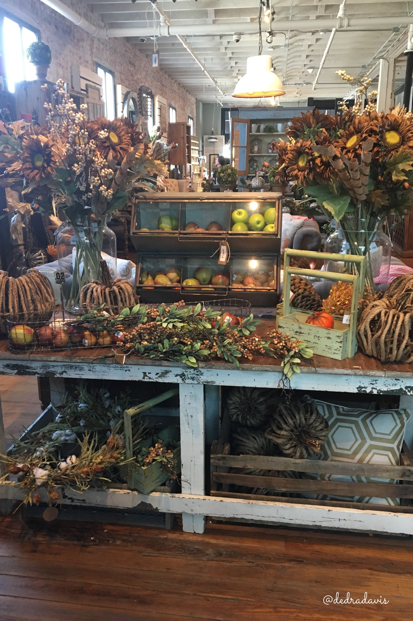 The Hunt and the Find-where I shop for farmhouse decor ...