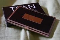 exuvius-titanium-multi-tool-collar-stay-metal-case