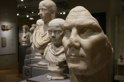royal-ontario-museum-exhibit02