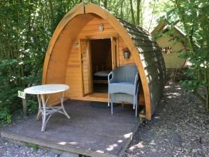 Tweepersoons houten tent