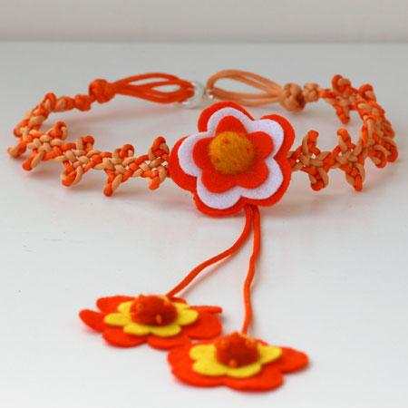 colar_laranja_flores.jpg