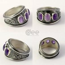 anel em prata com ametistas