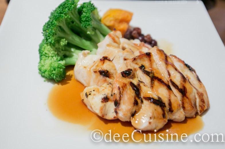 Chicken Teriyaki with steamed vegetables