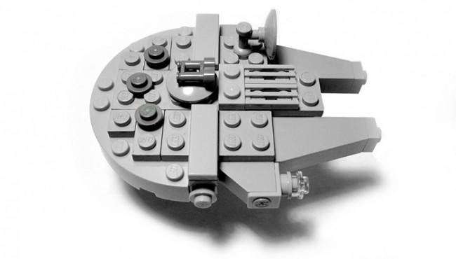 faucon-millenium-en-Lego-1050x787