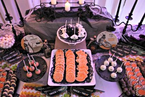 Dee Kay Events | Spooktacular Dessert Table Halloween Bar