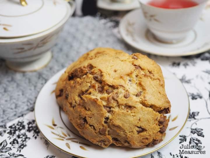 downton-abby-cinnamon-scone 2-min