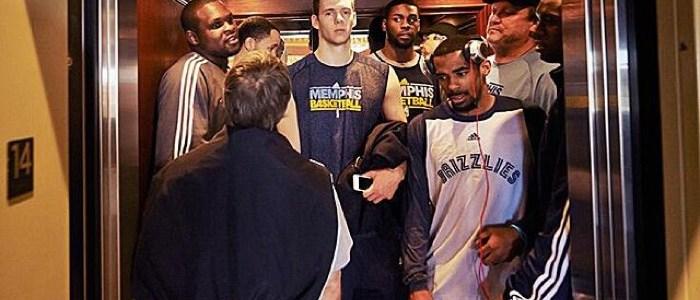 SI Vault: Grizzlies in Elevator