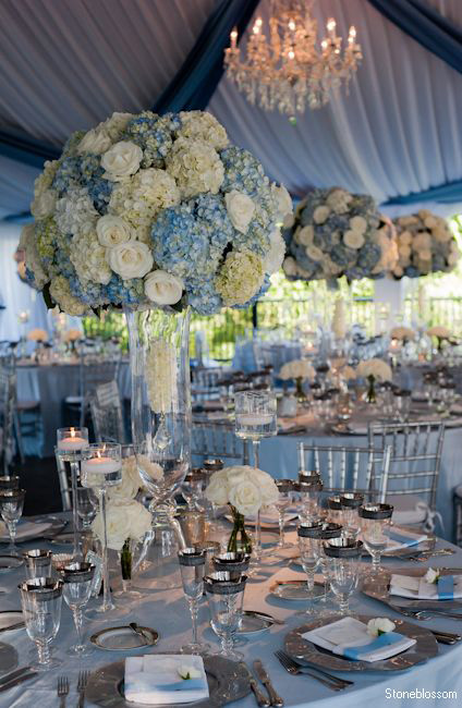 dusty blue and white hydrangea wedding decor ideas
