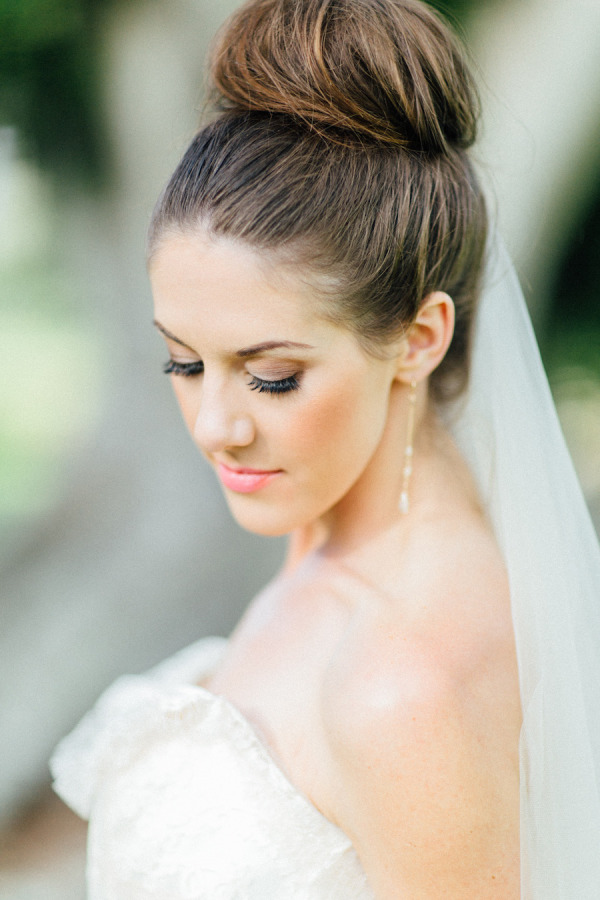 30 Top Knot Bun Wedding Hairstyles That Will Inspirewith