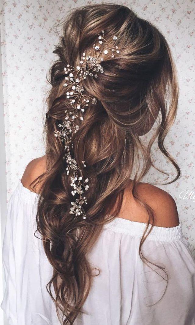 long pulled back loose waves wedding hairstyle | deer pearl