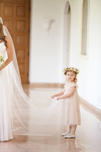 Trubridal Wedding Blog  36 Cute Wedding Photo Ideas of Bride and Flower Girl  Trubridal