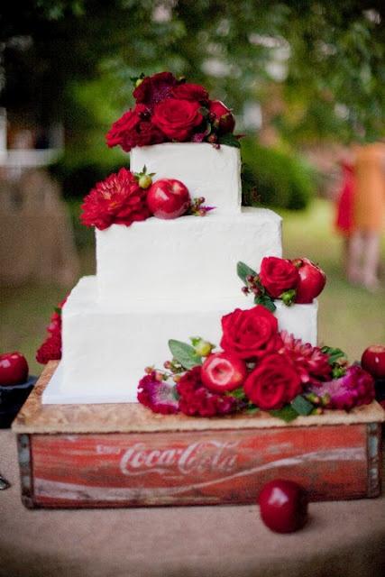 45 Deep Red Wedding Ideas for FallWinter Weddings  Deer