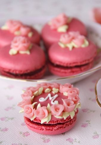 45 Macaron Wedding Favors and Wedding Cake Ideas  Deer