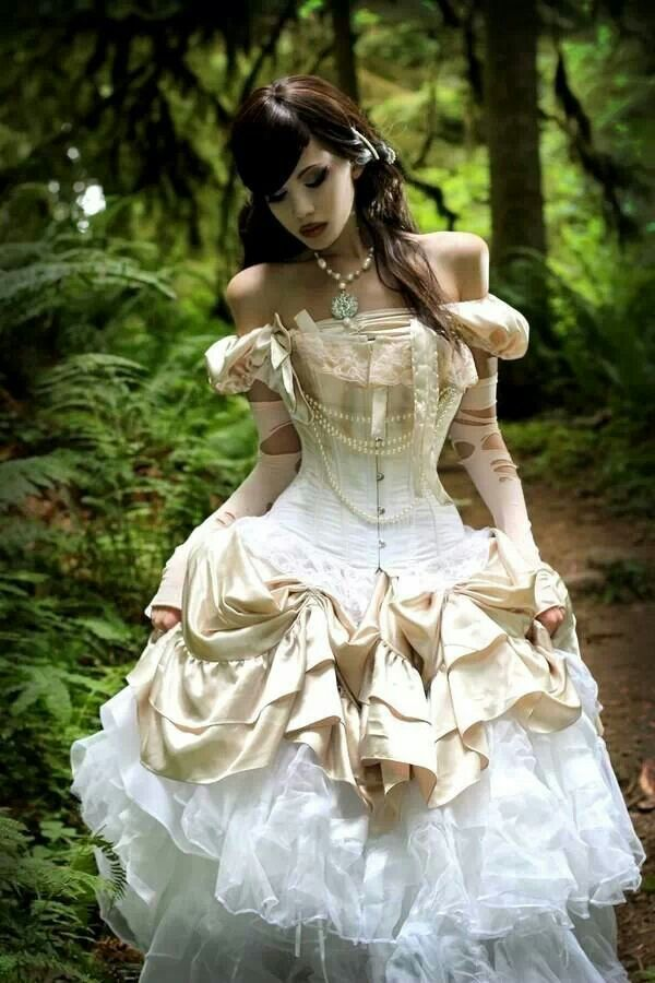 50 Awesome and Unique Steampunk Wedding Ideas  Deer Pearl Flowers