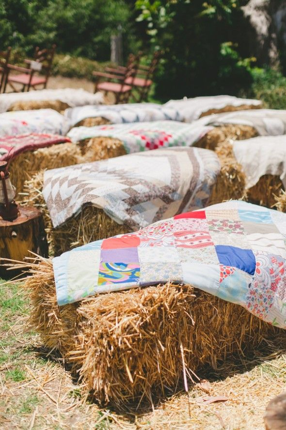 30 Ways to Use Hay Bales at Your Country Wedding  Deer Pearl Flowers