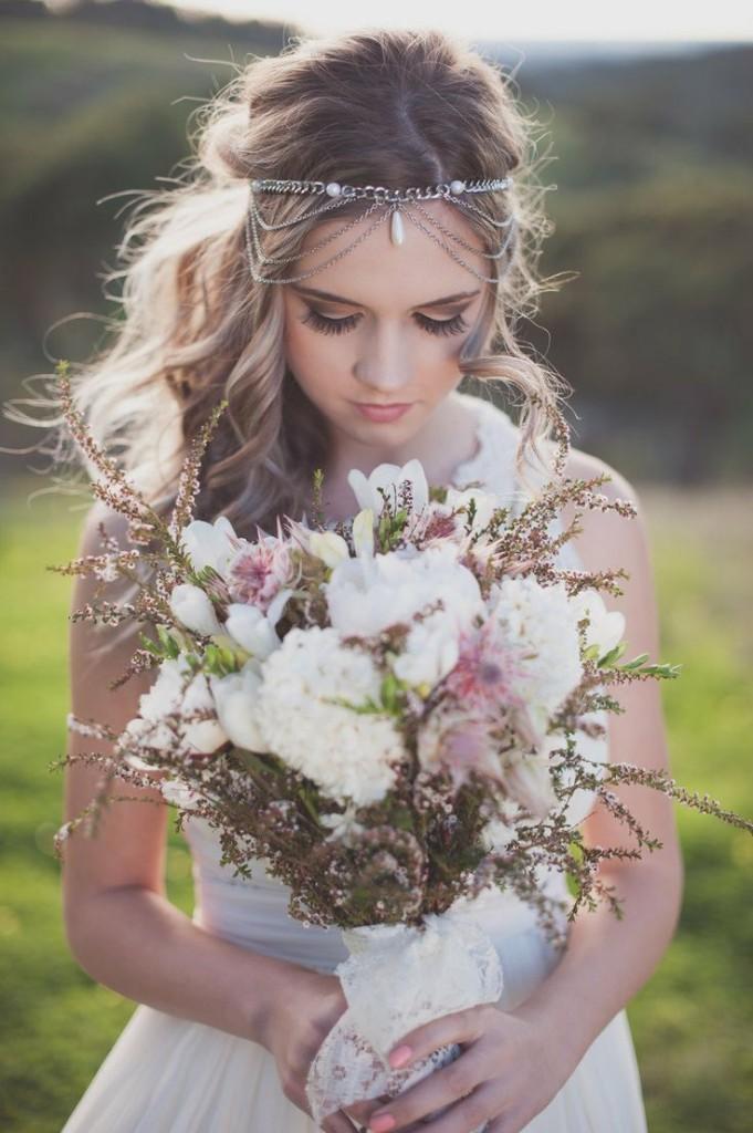 boho wedding hairstyle and boho wedding bouquet lady mary s wedding headpiece