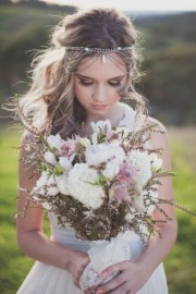 chic bohemian wedding bouquets