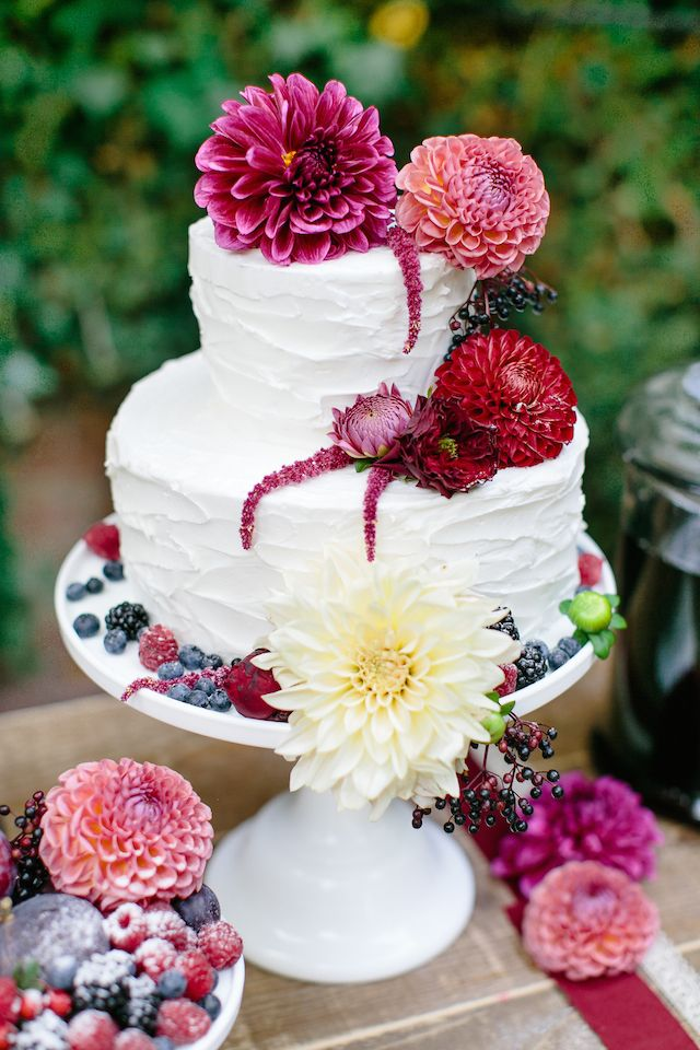 Fall Leve Wallpapers 40 Dahlias Wedding Bouquets And Cakes Deer Pearl Flowers