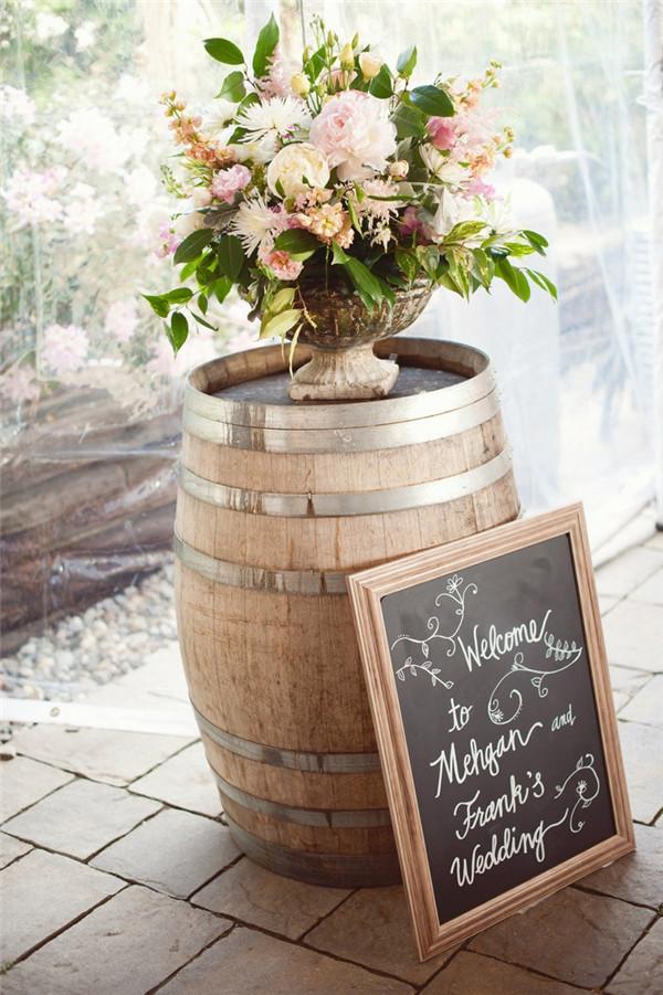Another 20 Rustic Wine Barrels Wedding Decor Ideas  Deer