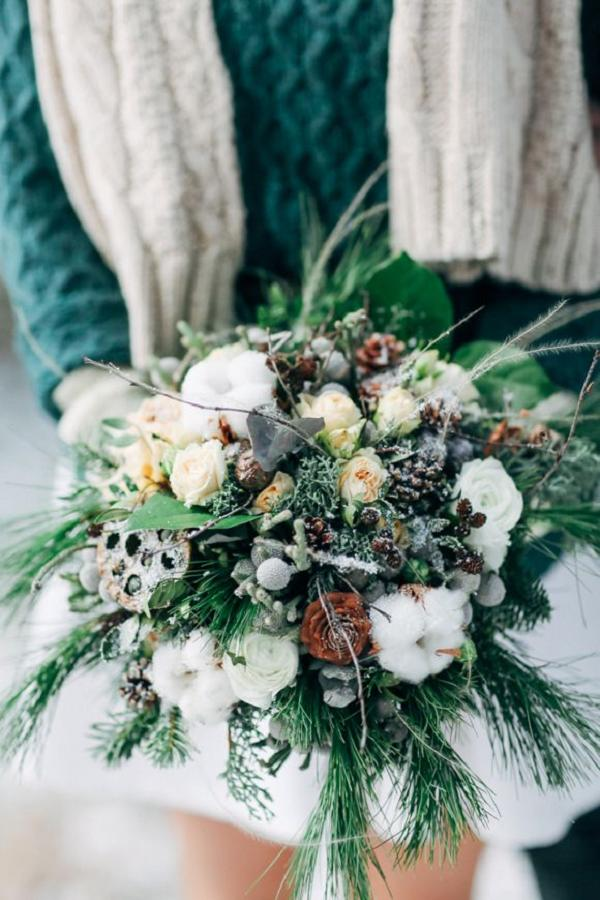 30 Red and Green Scandinavian Winter Wedding Ideas  Deer Pearl Flowers