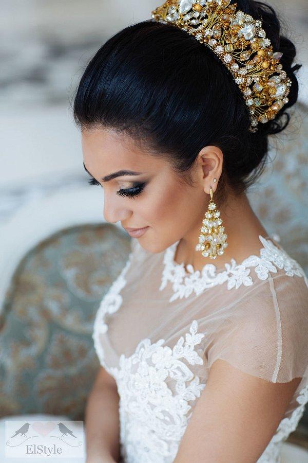 Vintage Updo Wedding Hairstyle With Crown Deer Pearl Flowers