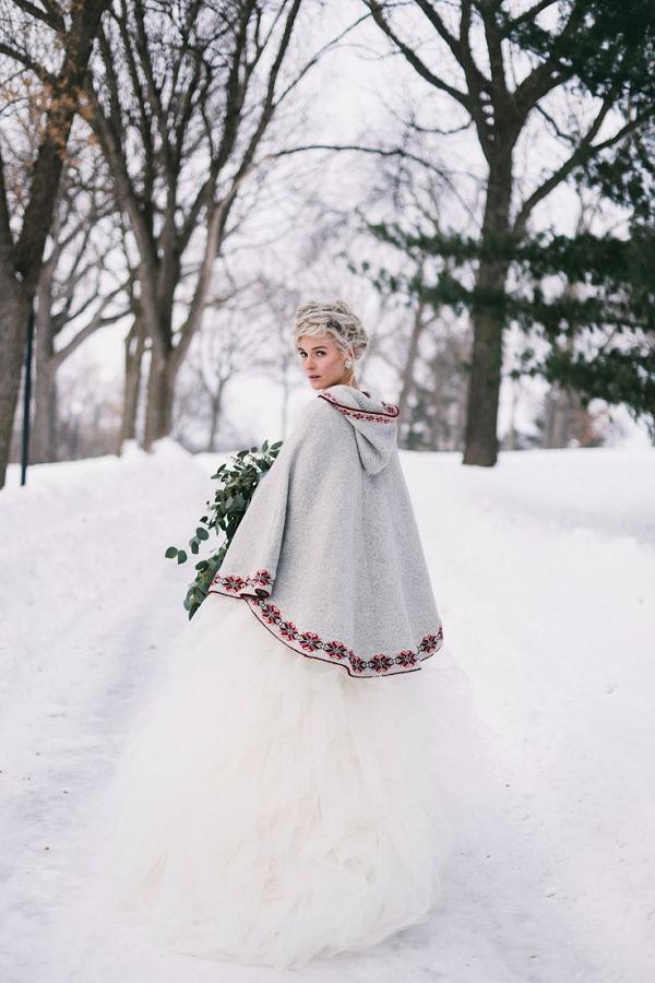30 Red and Green Scandinavian Winter Wedding Ideas  Deer Pearl Flowers