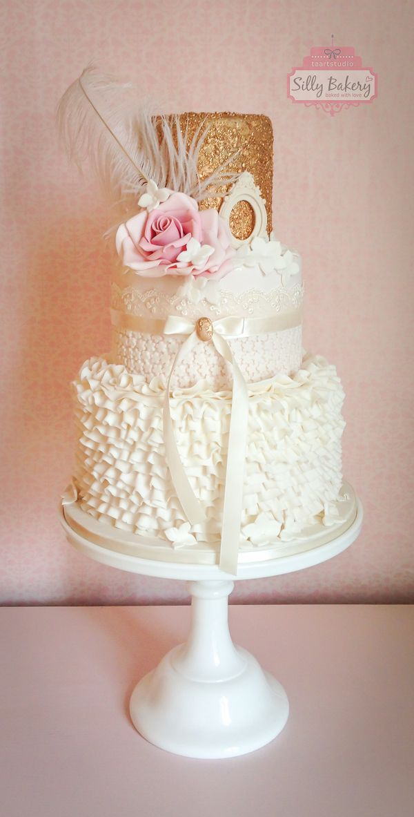 16 Perfect Romantic Vintage Wedding Cakes  Deer Pearl Flowers