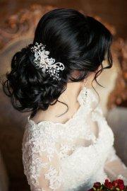 bride's favorite wedding hair
