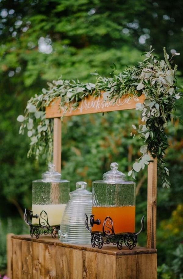 35 Rustic Backyard Wedding Decoration Ideas  Deer Pearl Flowers