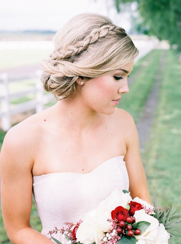 20 Long Wedding Hairstyles with Beautiful Details That WOW  Deer Pearl Flowers