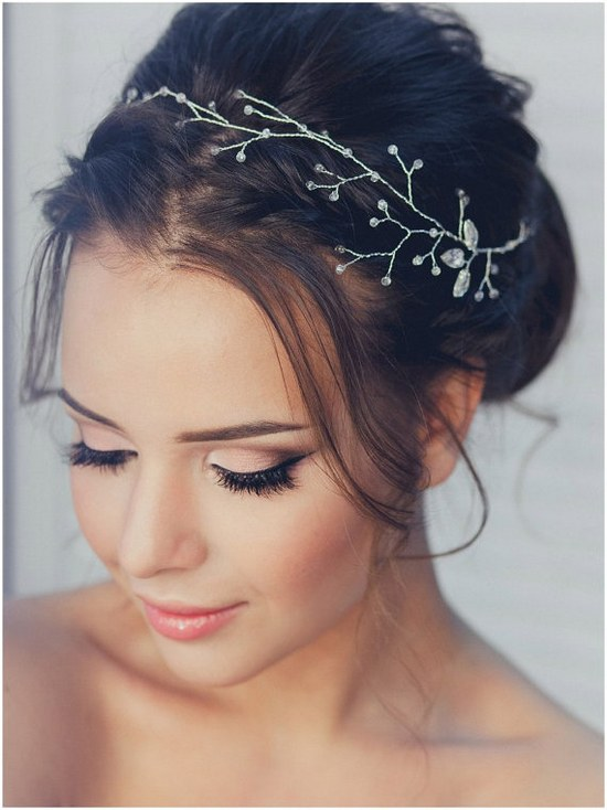 18 Lovely Wedding Hairstyle With Bridal Headpieces From