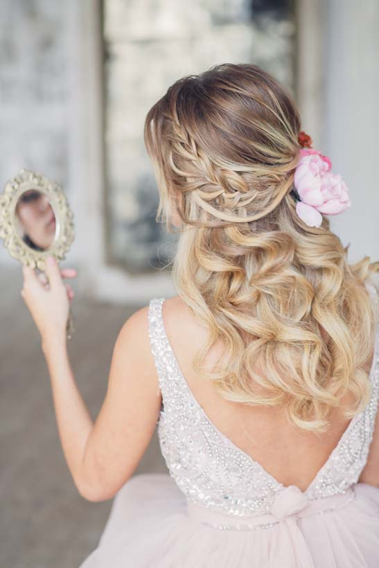 Half Up Half Down Wedding Hairstyle With Pink Flowers 2