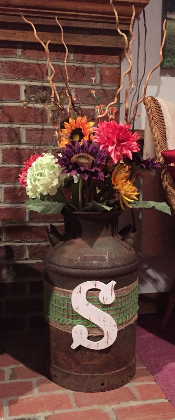 30 Rustic Country Wedding Ideas With Milk Churn Deer